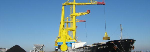 Offshore cranes
